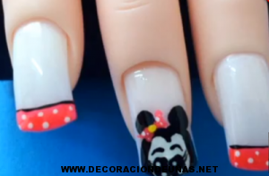 Uñas Minnie Mouse